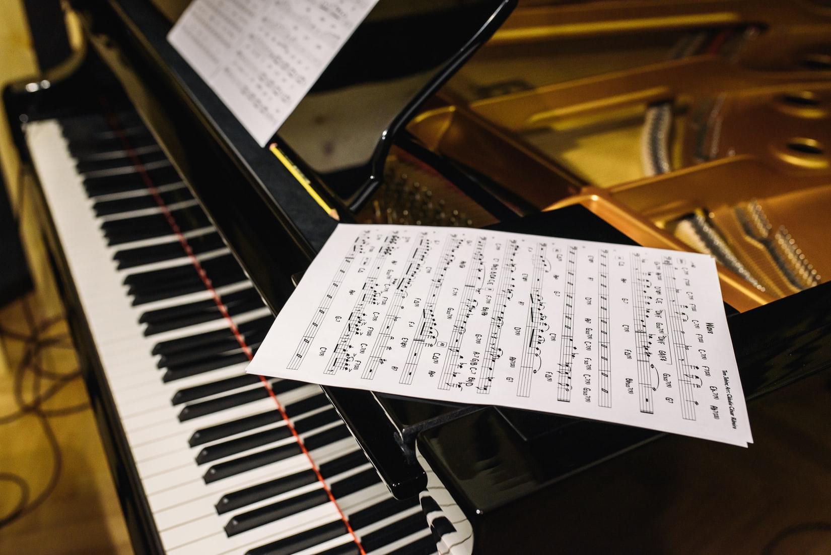 永藤まな(まなまる)の音楽大学や出身高校