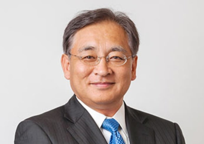 鈴木光の父親は上場企業社長